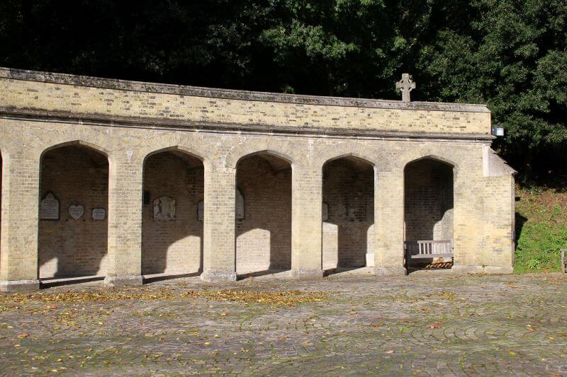 The Colonnade in Highgate Cemetery West