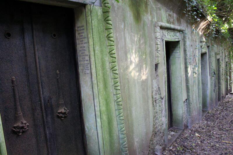 Rooms on the Egyptian Avenue in Highgate Cemetery West