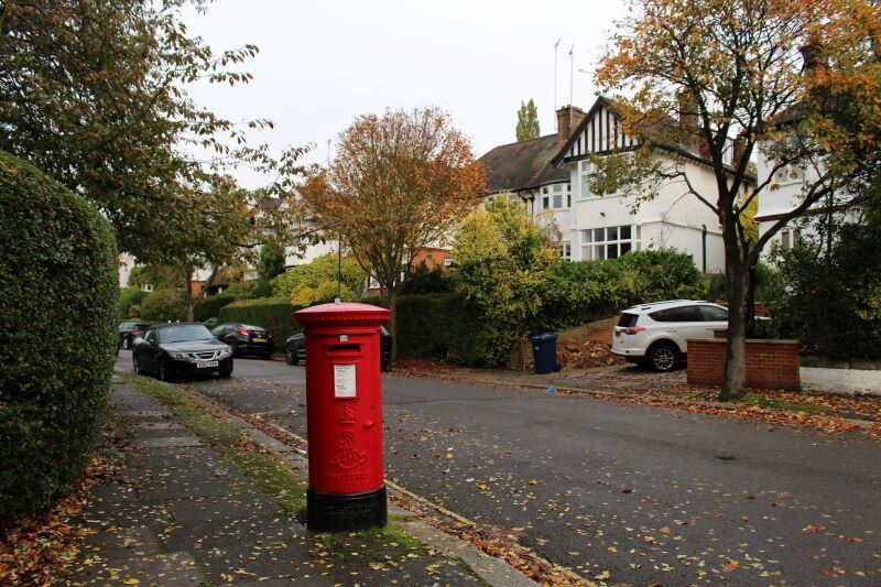 post and houses on Corringham Road