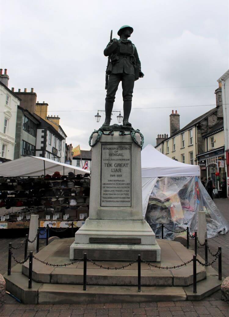 Kendal War Memorial and street market