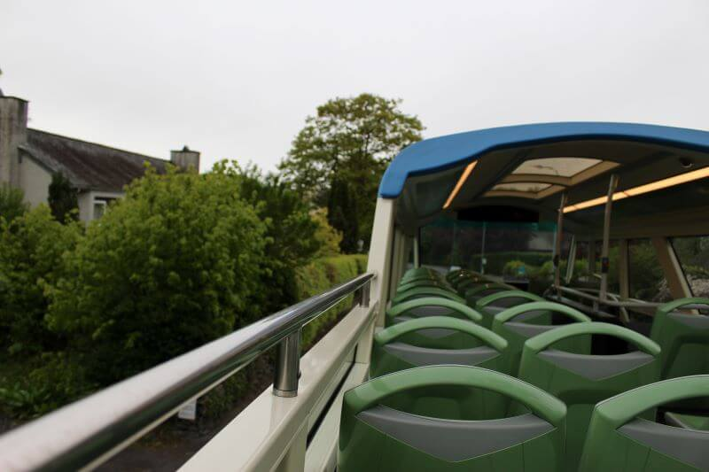 No top roof bus of stagecoach