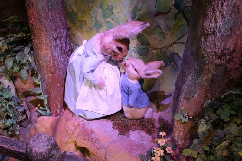 Peter Rabbit and his mother at the World of Beatrix Potter Attraction