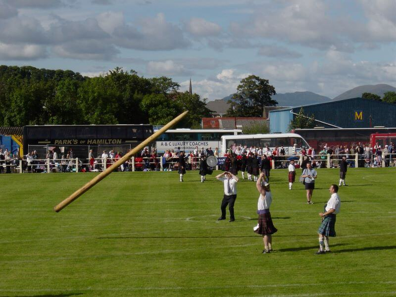 Tossing the Caber at Bute Highland Games